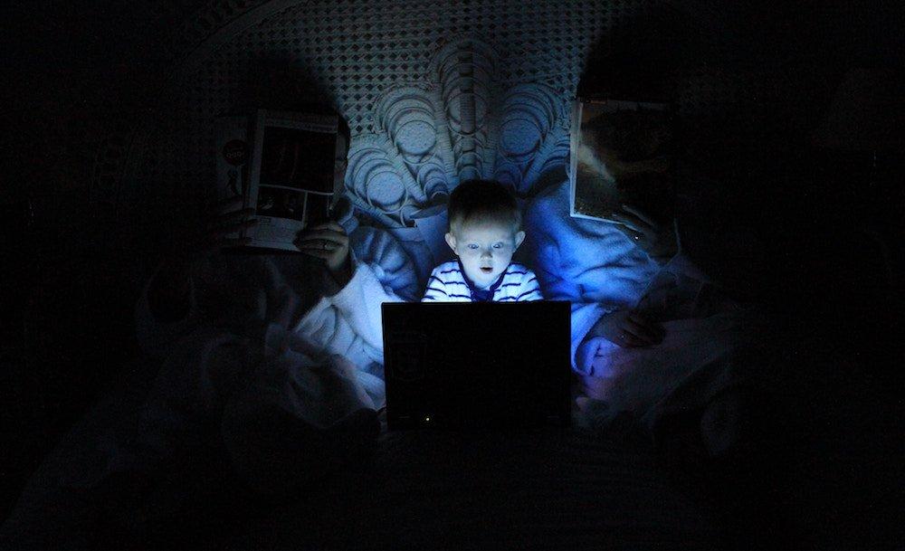 child-on-the-internet