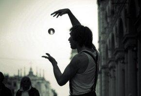 magician - social media is an illusion