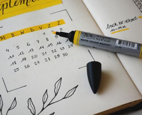 calendar with highlighter twitter scheduler
